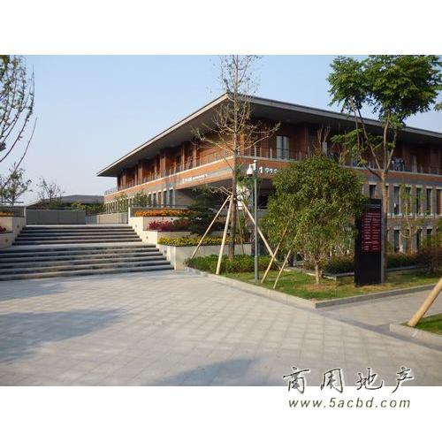 杭州万向职业技术学院图片